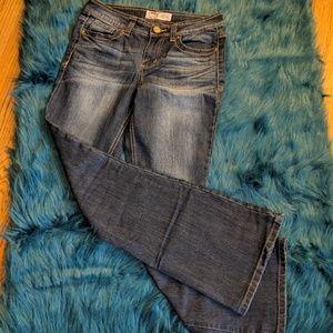 LEI Sophia Flare Jeans-Medium Wash